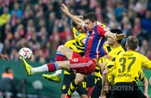 Lewandowski w drużynie sezonu FIFA 17